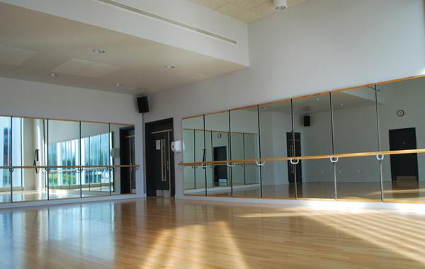 個人経営のダンススタジオにこれから必要になるサービスとは