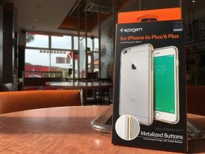 iPhone6sPlusの写真&動画撮影がはかどる!1台3役の高機能スマホグリップ[SHOULDERPOD S1]