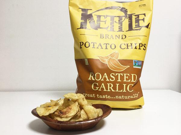 コストコのケトルチップス新商品ローストガーリックがパンチがあって美味