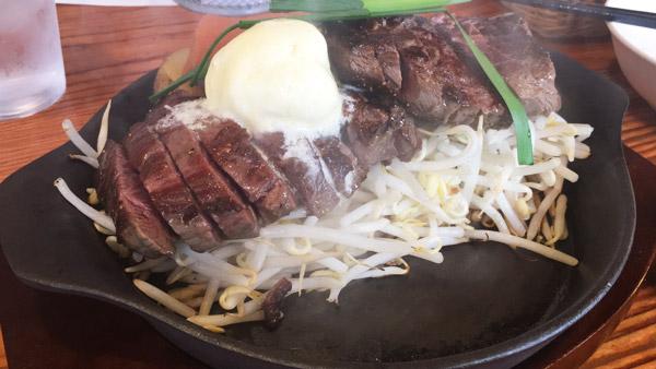 【福岡メシ】赤身なのにやわらか!ビフテキ屋うえすたんのステーキが美味