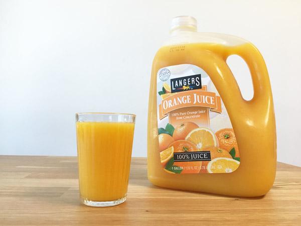 コストコのオレンジジュース[ランガーズLANGERS]が濃厚で美味