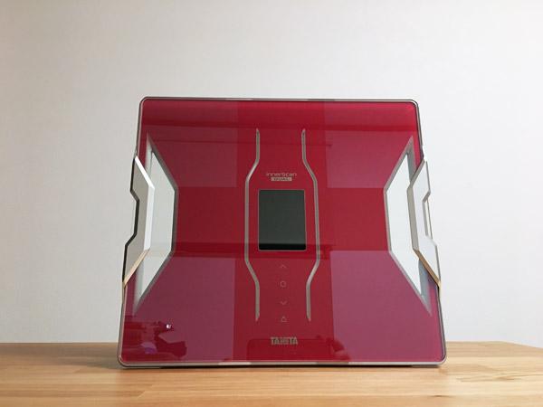 タニタの体重計[インナースキャンデュアル]がアプリでデータ管理できてすごい便利
