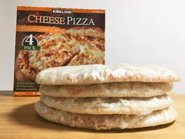 コストコの冷凍チーズピザ[カークランド]がシンプルで美味