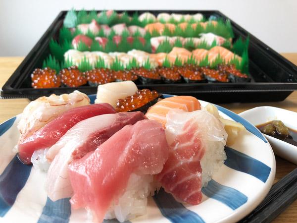 【コストコ】特選ファミリー盛50貫(寿司)が豪華なネタ満載で完全におすすめ