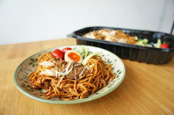 【コストコ】デリ新商品冷やし汁無し担々麺を食べた感想&おすすめの食べ方