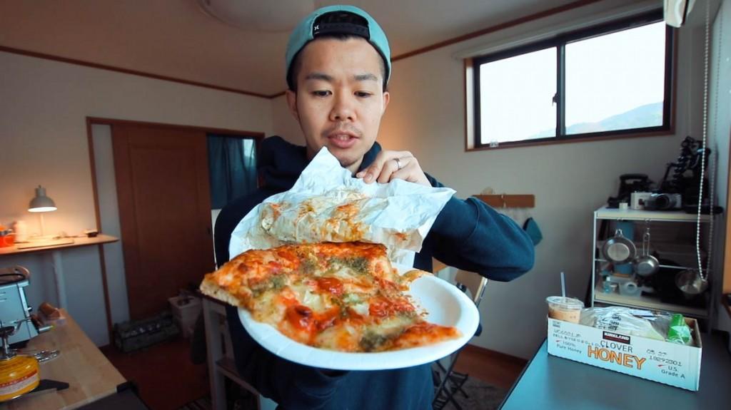 【コストコ】フードコートの冷えたピザを家で美味しく食べる方法。むしろこっちのが美味くなるのでオススメ